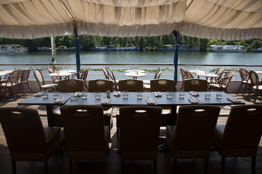 Aqua Restaurant avec vue sur la Seine